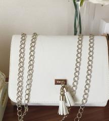 Bela torbica-Ponovo dostupna Nova