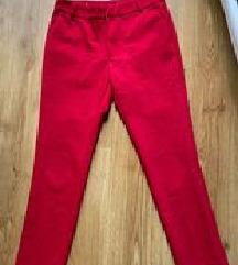 Crvene pantalone -nove bez etikete-