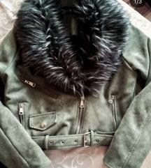 Postavljena maslinasta jakna, NOVO