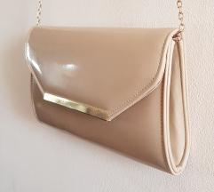 Lakovana accessorize torbica