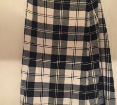 vunena karirana suknja sa preklopom