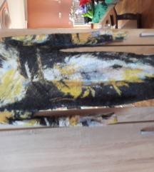 Plisana cupava haljina