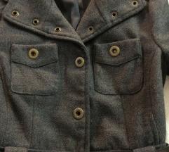 MANGO jesenja jaknica/kaputic