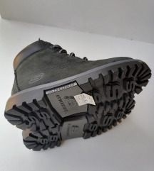 #NOVE# SKECHERS cizme broj 27,5