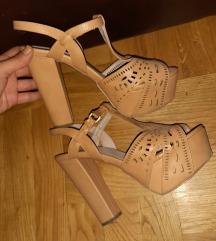 Krem bez sandale 39