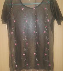 Majica sa vezenim ružicama