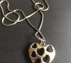 Ogrlica srca u srcu