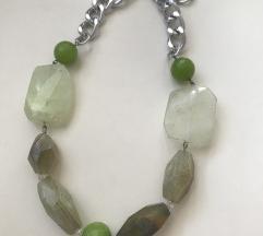 Masivna ogrlica poludragi kamen