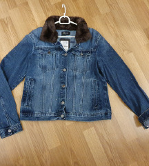 MOHITO teksas prelepa jakna sa krznom. ETIKETA