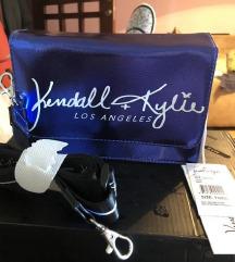 Kim Kardasian torba etiketa  !!!