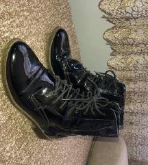 Lakovane nepromocive cizme