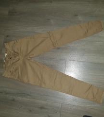 Zara pantalone 38