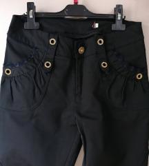 Markirane crne pantalone L