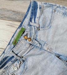 Retro jeans 💙⭐🤍Springfield  farmerice