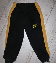 Nike trenerka donji deo 💥😊