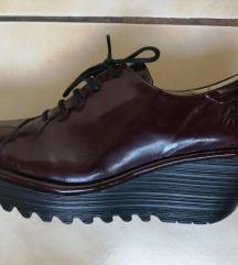 FLY LONDON cipele br. 39 Rezervisano