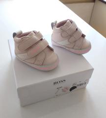 Hugo Boss puder roze patike za bebe 6-9m NOVO!