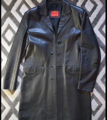 Crni kožni mantil