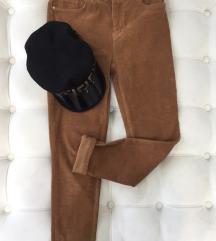 Braon plisane pantalone