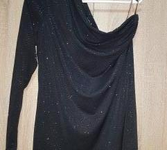 Crna bluzica na 1 rame