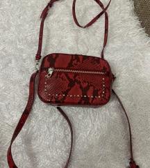 Zara torbica zmijski print