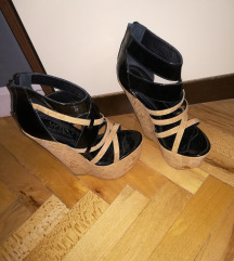 Sandale sa platformom-SNIZENO