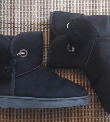Crne cizme ugg