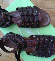 Letnje sandale br.38