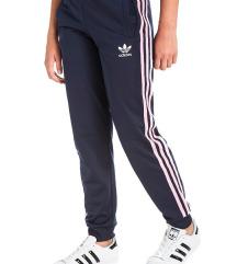 Adidas decija trenerka NOVO, original, snizeno