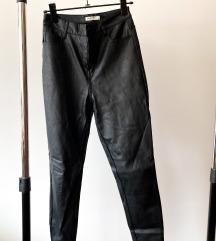 Stradivarius kožne pantalone