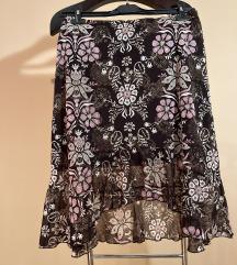 Sarena zenska suknja