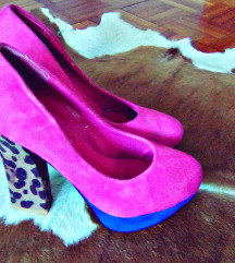 Pink cipele prevrnuta koza. 38