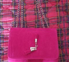 Pink tasnica nova