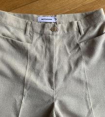 Italijanske bež pantalone%%%