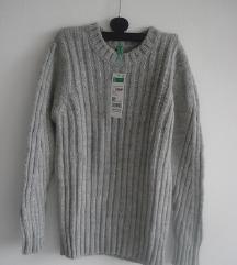Nov Benetton knit dzemper 6-7 godina