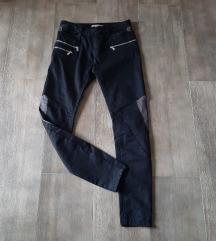 Pull & Bear crne pantalone, M, NOVO, popust
