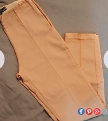 Nezno roze pantalone NOVO