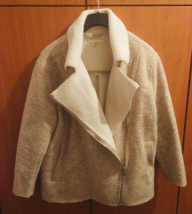 SNIZENO H&M pretopla jakna za hladne dane :)