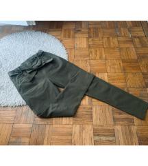 Olive bootcut pantalonice 🤍