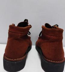 KicKers kožne cipele 100%koža br 40