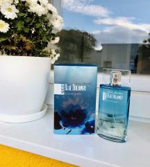Nov nekorišten parfem