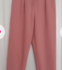 Moderne nezno roze pantalone vel S