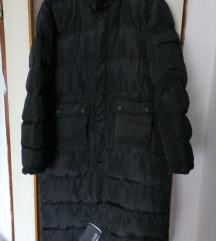 Perja a jakna sa puno džepova