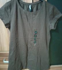 Obicna braon majca