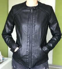 LC Waikiki crna kožna jakna