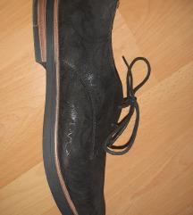 Nove crne kozne elegantne poslovne cipele