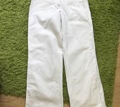 yessica bele pantalone