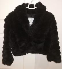 Crna kratka bunda