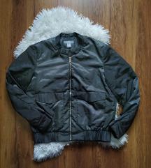 Tanka jakna H&M