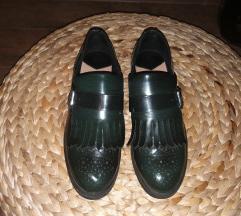 Kraljevsko zelene lakovane cipele
